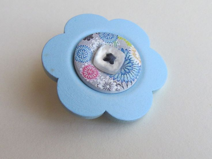 Powder Blue flower wooden brooch with co-ordinating buttons by Buttonnuthin on Etsy