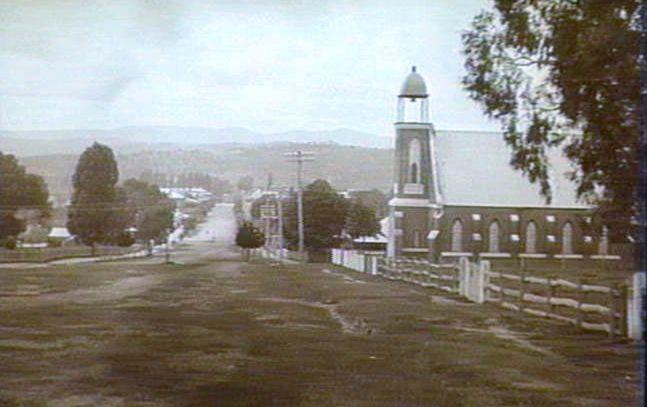 Wynyard Street, Tumut, NSW, Australia