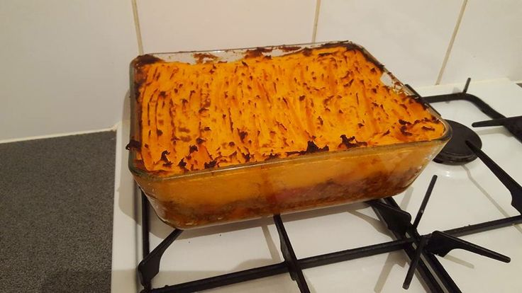 Veggie cottage pie made with quorn mince, green lentils, carrots, onions, thyme, paprika, cumin, cinnamon, tomatoes and veggie stock. Mash topping 1/3rd Maris piper potatoes, 2/3rds sweet potatoes, with quark and skimmed milk added for creaminess. Oven bake for half an hour and finish under the grill to crisp up the top. Yum!