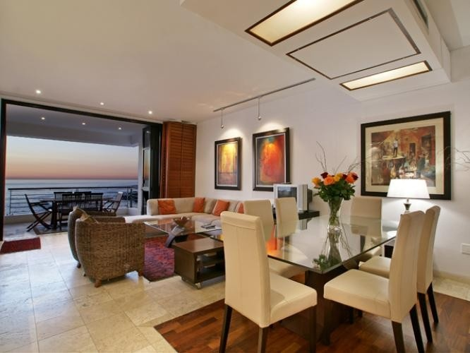 Luxury Upmarket 3 Bedroom Apartment in Camps Bay | Stay and relax in the luxury up market accommodation apartment in Camps Bay - Bali Suite