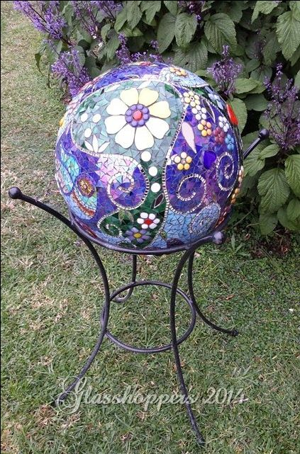 428 best bowling ball upcycle redo images on pinterest for Garden mosaic designs