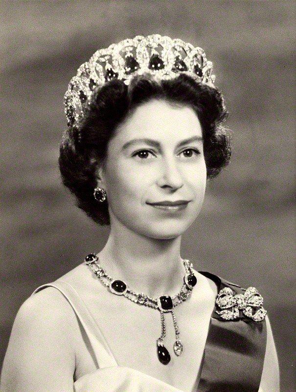 Queen Elizabeth Ii In 2021 Young Queen Elizabeth Queen Elizabeth Her Majesty The Queen