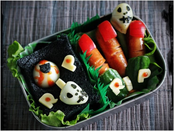 7 Halloween Lunch Boxes For Kids