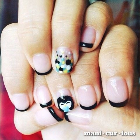 if you love penguins, you'll love this hand drawn penguin nailart! // branch: manicurious