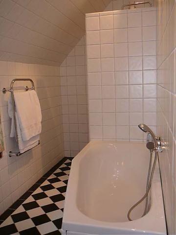 badrum rutigt golv 15x15 - Sök på Google