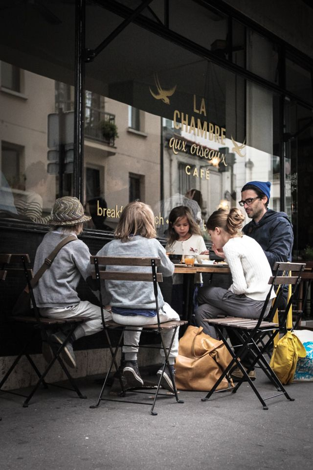La Chambre aux Oiseaux, tea room, 48 Rue Bichat, Paris