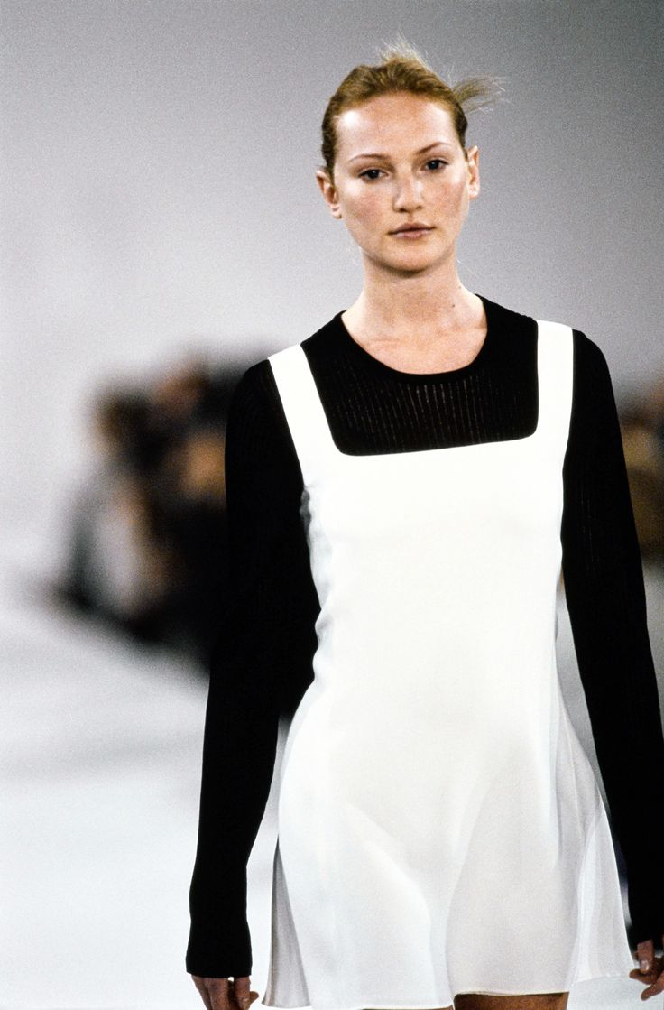 Calvin Klein Collection Spring 1994 Ready-to-Wear Fashion Show