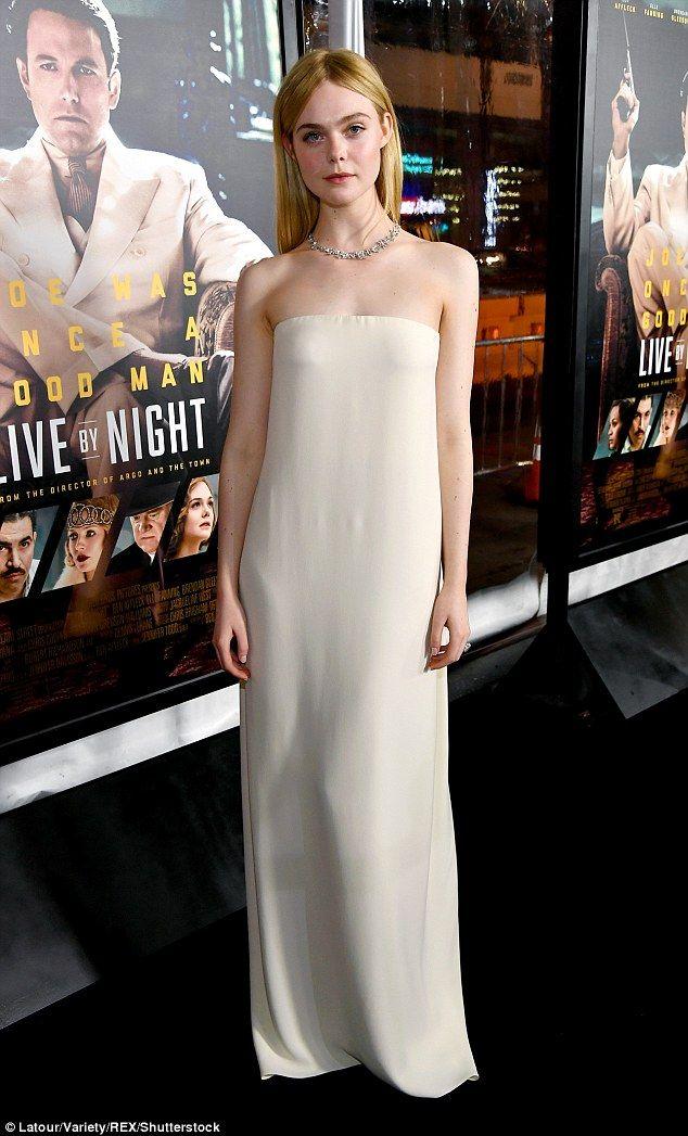Elle Fanning looked simply angelic in Oscar de la Renta at the film's Los Angeles premiere on January 9, 2016