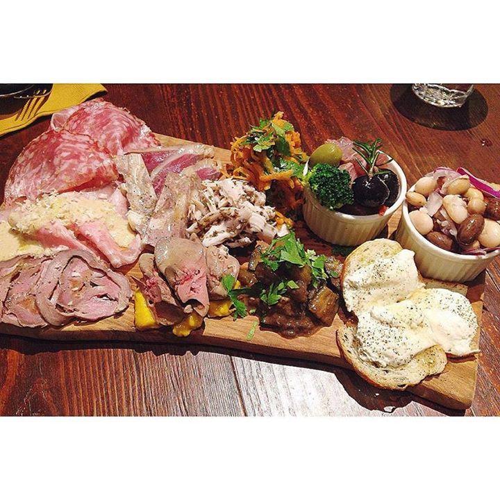 Repost a new photo taken by kuumicoo!  Assortment of appetizer.  友人の誕生日祝いはリカーリカの2号店で  前菜の盛り合わせはビーンズサラダブリのマリネクリームチーズとはちみつトースト レバー自家製の鴨肉の燻製ハムやサラミも  美味しい前菜にお酒もおしゃべりも進みます   #charcuterie #appetizer #ham #salad #dish #love #happy #favorite #instafood #food #eat #tasty #foodie #instadaily #foodporn #foodstagram #vscocam #vscofood #delicious #yummy #instasize #tokyo #italian #シャルキュトリー #肉 #サラダ #美味しい #大好き #幸せ #イタリアン#instagramsearch #searchinstagram http://ift.tt/1LVbSw2 More post like this…