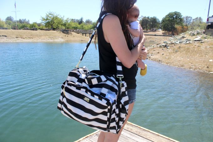 We love Ju-Ju-Be diaper bags and have a hot new one to show you that we know you'll fall in love with. So spacious and stylish at the same time!