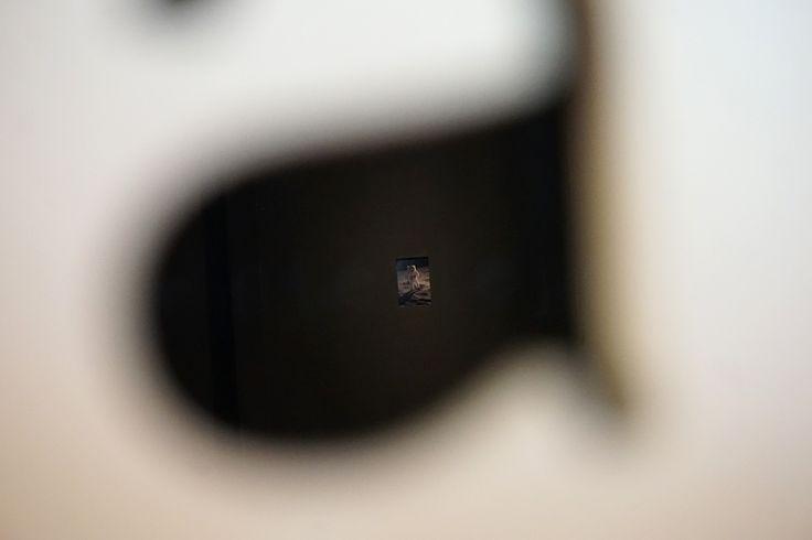 """Perpetuamente lejos de casa"", Julia Llerena #Exposición ""L´efecto vora"" San Andreu Contemporani #Barcelona #Arte #Art #ContemporaryArt #ArteContemporáneo #Arterecord 2017 https://twitter.com/arterecord"