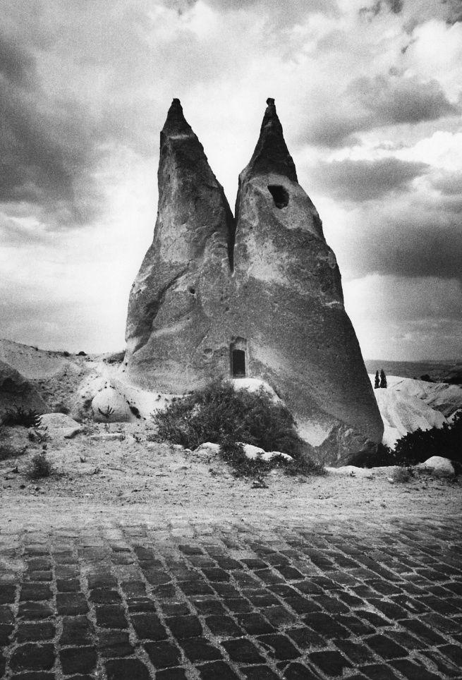 """Gabriele Basilico, Cappadocia, Turchia. Da """"Gabriele Basilico, Iran 1970"""", ph. Gabriele Basilico, g.c."""