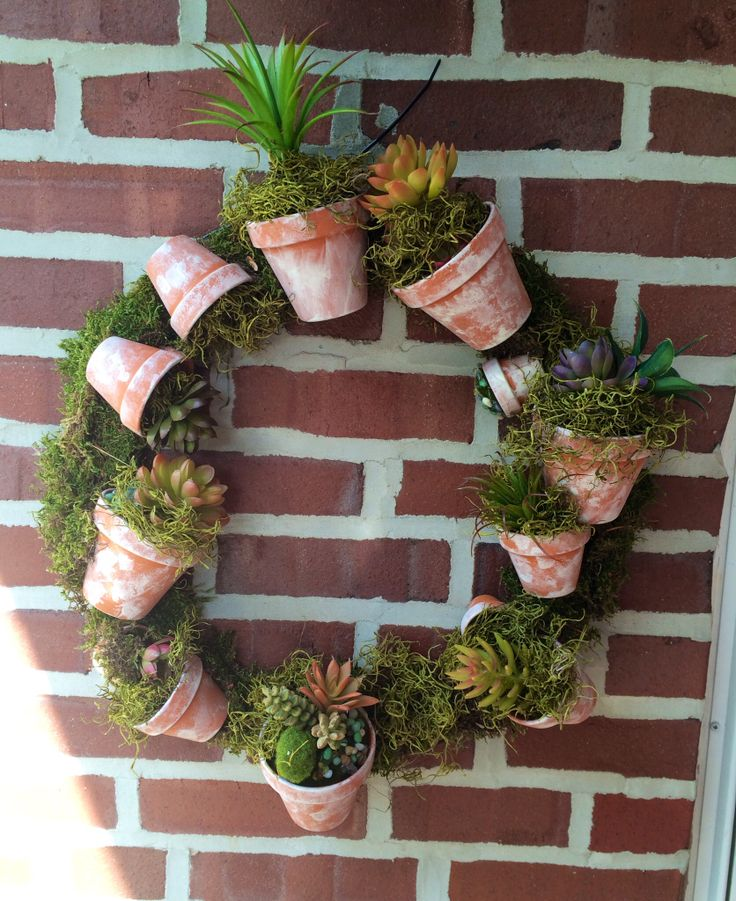 18 best pots images on pinterest gardening decorated for Small terracotta pots crafts