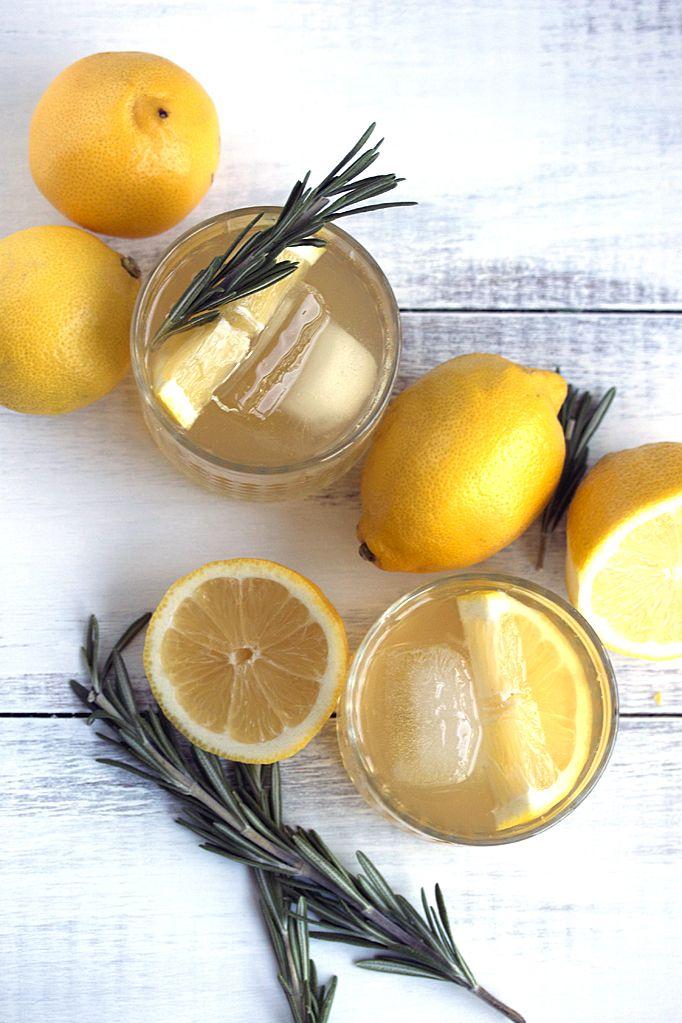 Rosemary Bourbon Lemonade Recipe