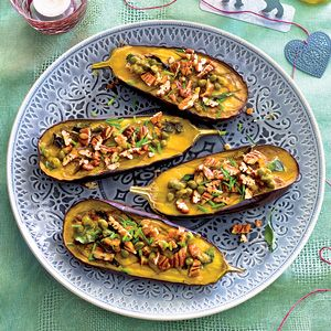Recept - Geroosterde aubergines met sinaasappeldressing - Allerhande