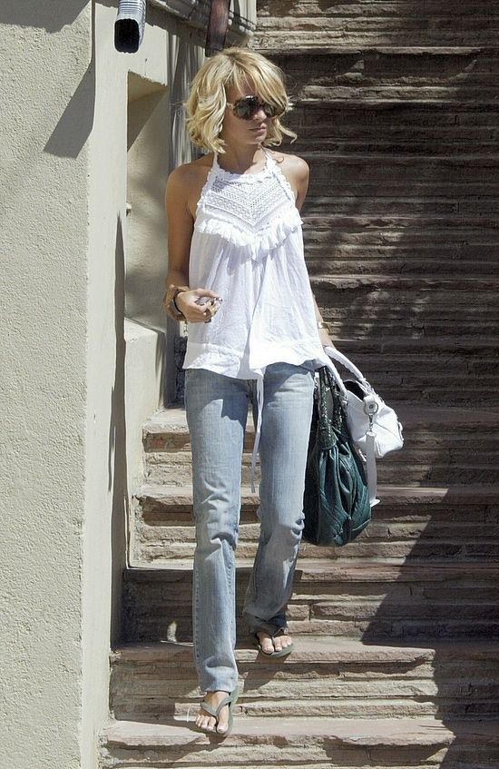 PERFECT spring/summer outfit. Loose fitting and ADORABLE little white top (LWT) and super faded jeans, big sunglasses...even perfect wavy/curly bob haircut. Super Cute.