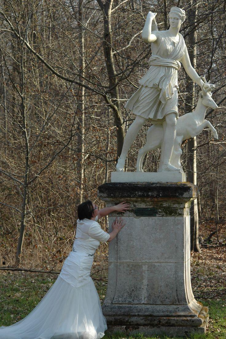 #photomariée #chantilly #mariée #forêtdechantilly #statuediane #chateaudechantilly #romantique #mariage #amour #delaolivapolyne