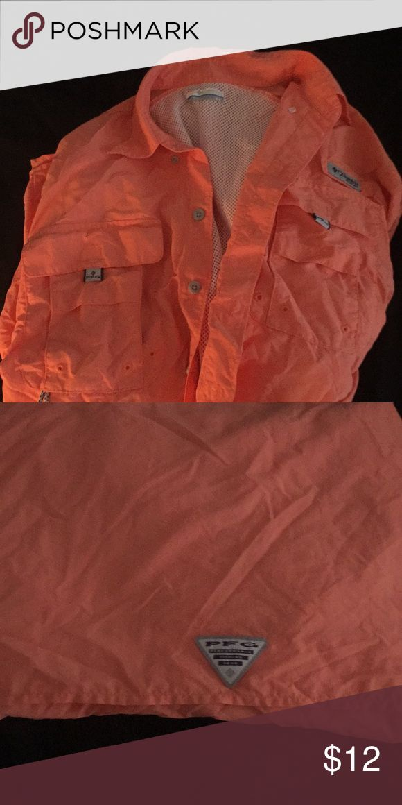 PFG shirt Worn once and in excellent condition. Sorry for the wrinkles. I wore this as a cover up. PFG Shirts Casual Button Down Shirts