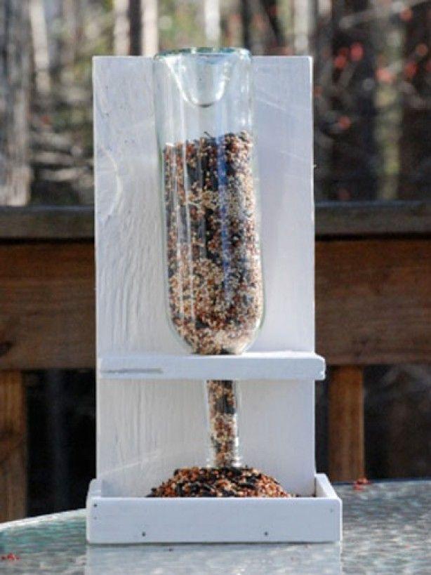 Vogelvoer fles maken.
