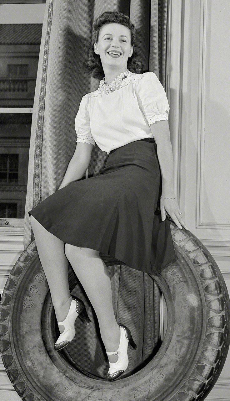 103 besten 1940s Skirts and Blouses Bilder auf Pinterest | 1940er ...