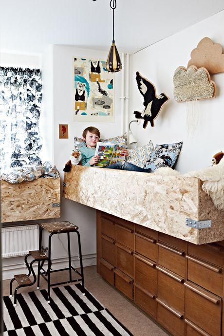 cool kids room..