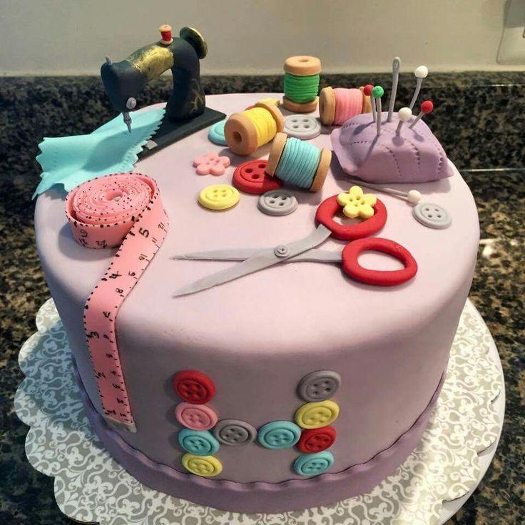Great sewing club cake                                                                                                                                                                                 Más