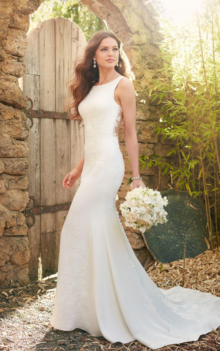 Classic Lace Applique Dress with Illusion Back   Een tijdloze bruidsjurk met moderne twist.   Ontdek meer details op de website!