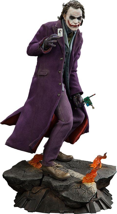 The Joker The Dark Knight Premium Format™ Figure