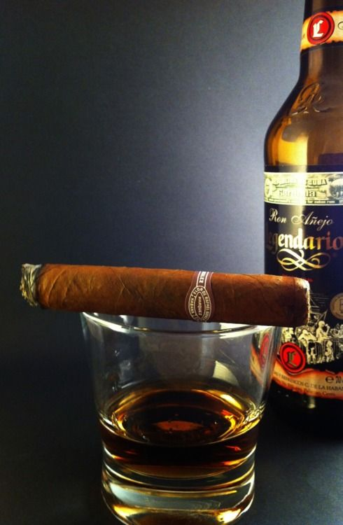 Rafael Gonzalez Corona Extra with some Legendario Cuban rum