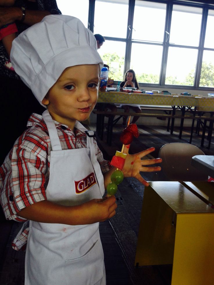 My little two year old getting fresh in the Glad kitchen. Google Glad Truth booth and watch the cute vid taken that day.