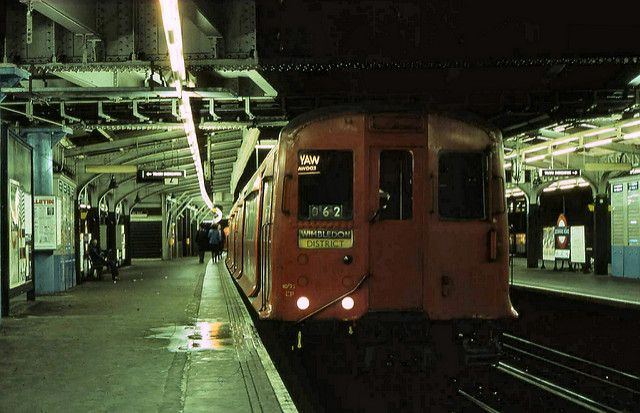 CP Stock at Edgware Road (Met) | Westbound | bowroaduk | Flickr