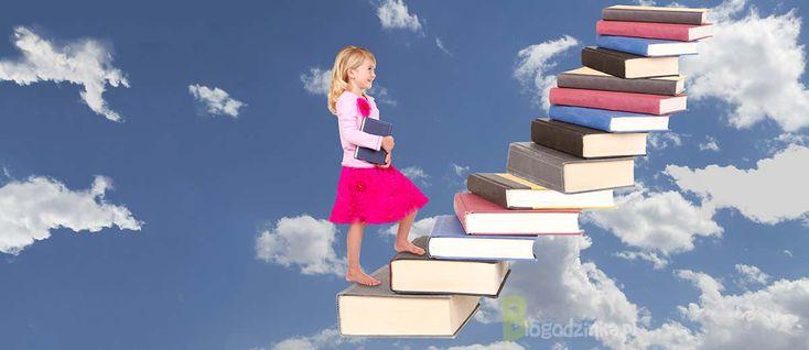 Dzieciństwo zasypane książkami