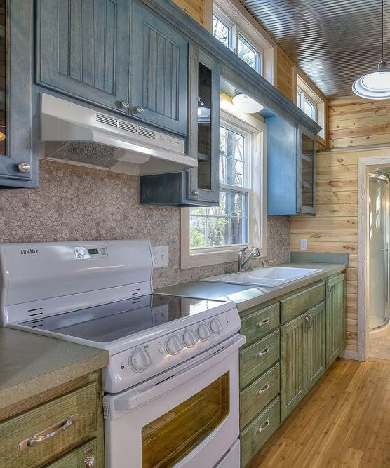 25+ Best Ideas About Green Kitchen Cabinets On Pinterest