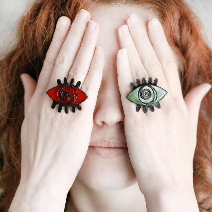 Eye ring in different colors