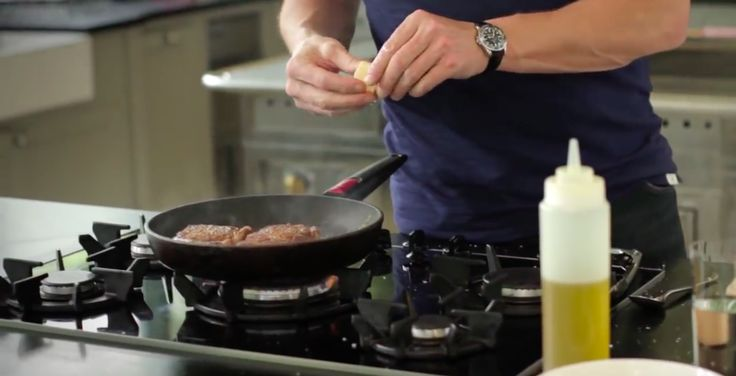 Let One Of The World's Greatest Chef's Show You How To Make The Perfect Steak