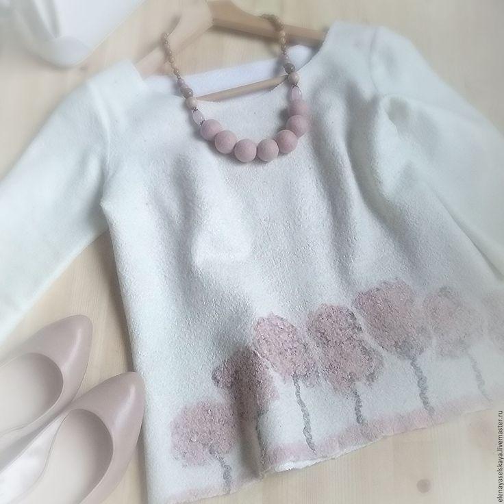 """Купить Свитерок """" Весна в саду """" - бледно-розовый, орнамент, белый свитер"""