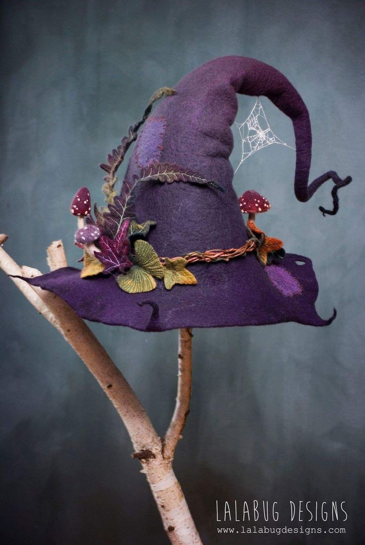 Grimm and fairy followers will love this felted te…