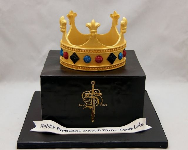 Cake Decorating Crowns : Best 25+ Fondant crown ideas on Pinterest Fondant ...