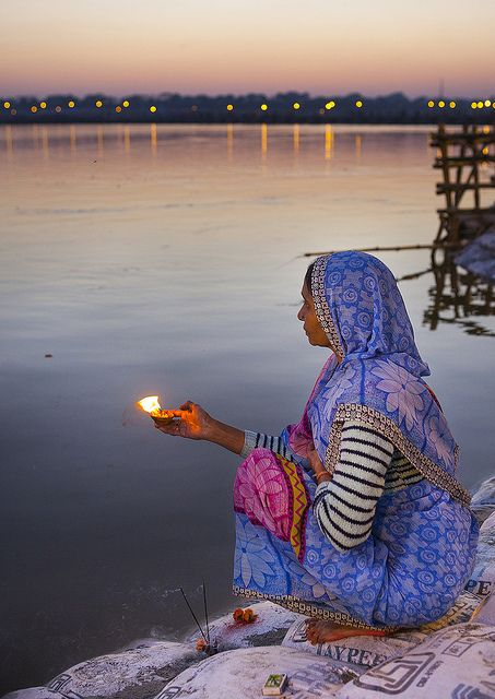 Candle for the Ganges, Maha Kumbh Mela, Allahabad, India. (Eric Lafforgue on Flickr)