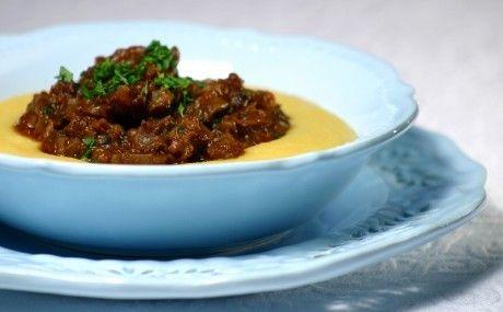 Polenta mole com ragu de carne   Panelinha - Receitas que funcionam
