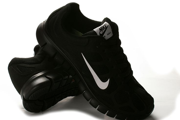 Sorte Nike Free run str. EUR: 39,5.