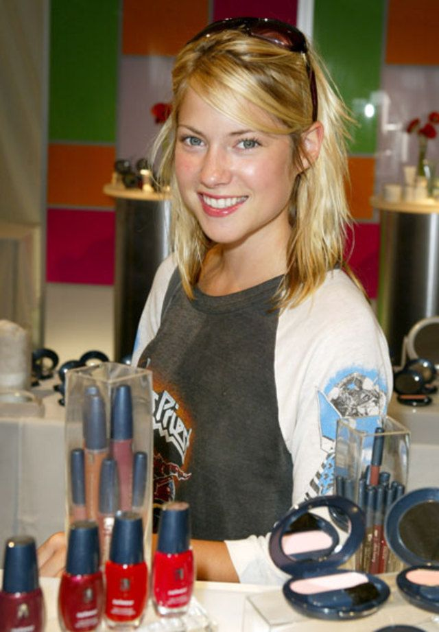 17 best images about laura ramsey on pinterest olivia d 39 abo cancun and hot babes. Black Bedroom Furniture Sets. Home Design Ideas