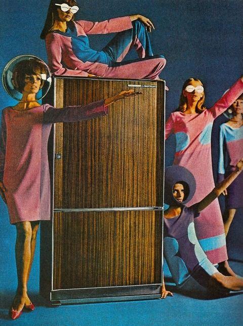 Iluminacion Baño Bauhaus:1960s Refrigerator Ad