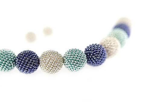 MariN.Art / náhrdelník guličky ľadovo modrý