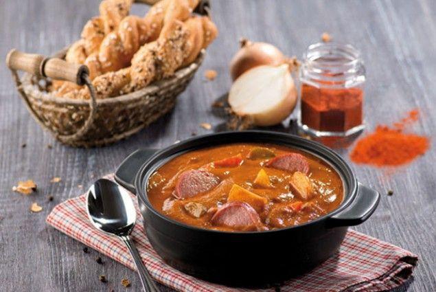 Bramborový guláš s klobásou #jaknavelkeveci#food#recipe#foodporn#yum#yummy#cooking#inspiration#meat#meal#potato