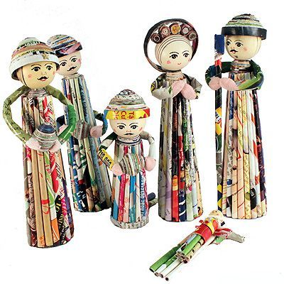 Nativity figures made from rolled magazines. Vietnamese.