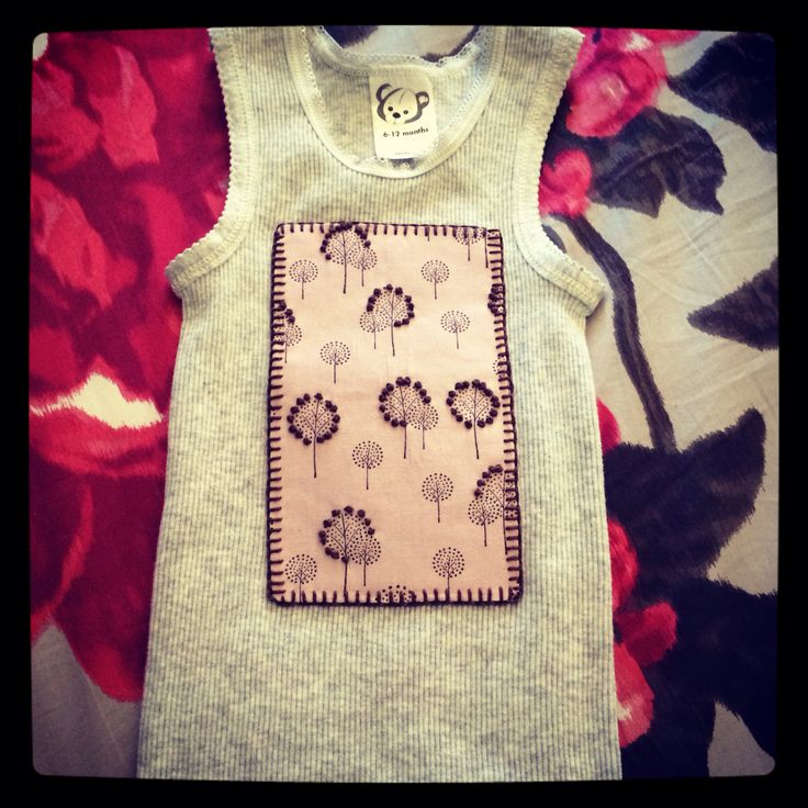 Singlet with French knot on fabric pattern