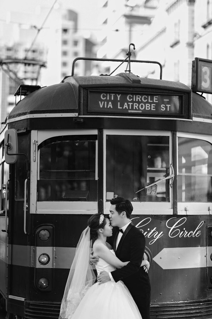 Photo by Edwin Tan Photography. www.theweddingnotebook.com