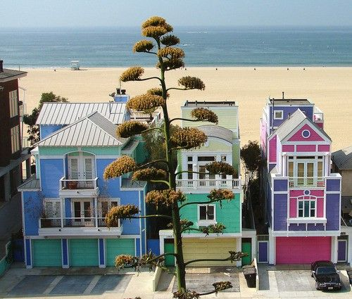 Malibu :)Beach House, Favorite Places, Travel Photos, Santa Monica, Manhattan Beach California, Ocean Front, Coastal Living, House Colors, Beach Front