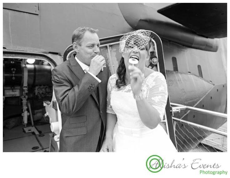 Weddings at Royal Submarine Museum / Wedding photographer Gosport / Wedding lollies / www.alishaseventsphotography.co.uk